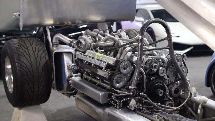 Ein V12 aus zwei 1JZ Motoren