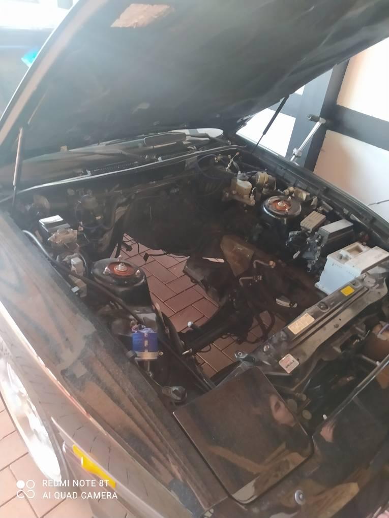 Foto von MiklasWippersteg Aktuell wird unsere Supra von einem 7M Motor auf einen 2JZ GTE umgebaut. Weitere Bilder folgen! Schöne Ostern!