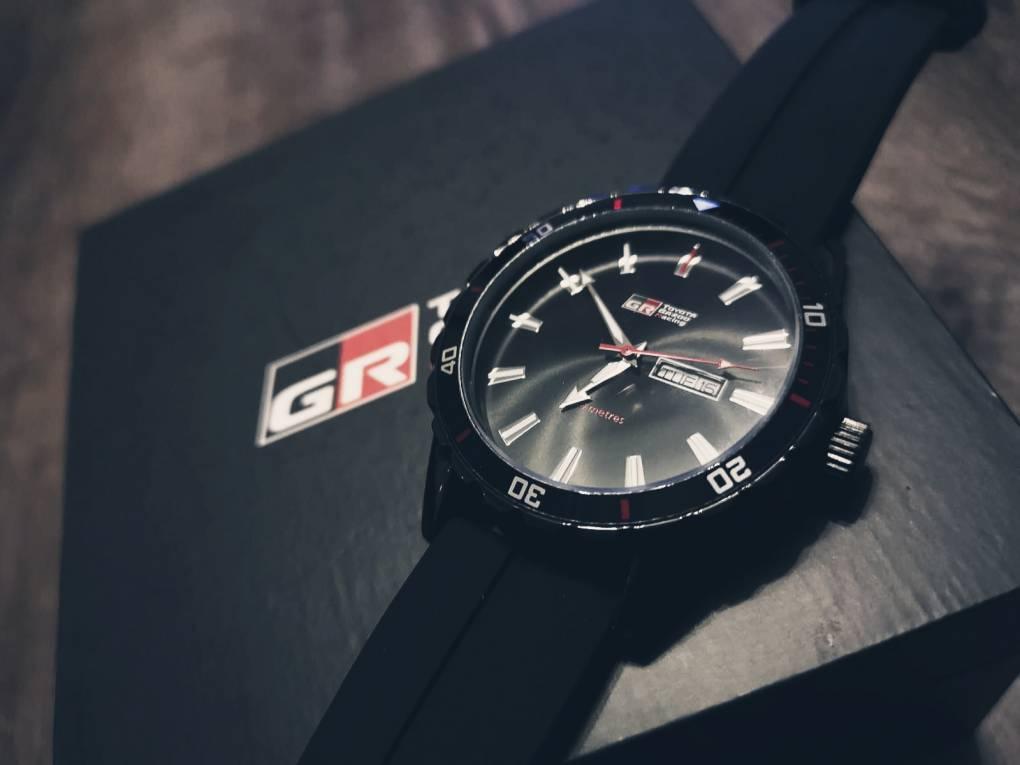 Mein Schatz hat mich mit dieser tollen GazooRacing Uhr überrascht. Die ist echt hammer