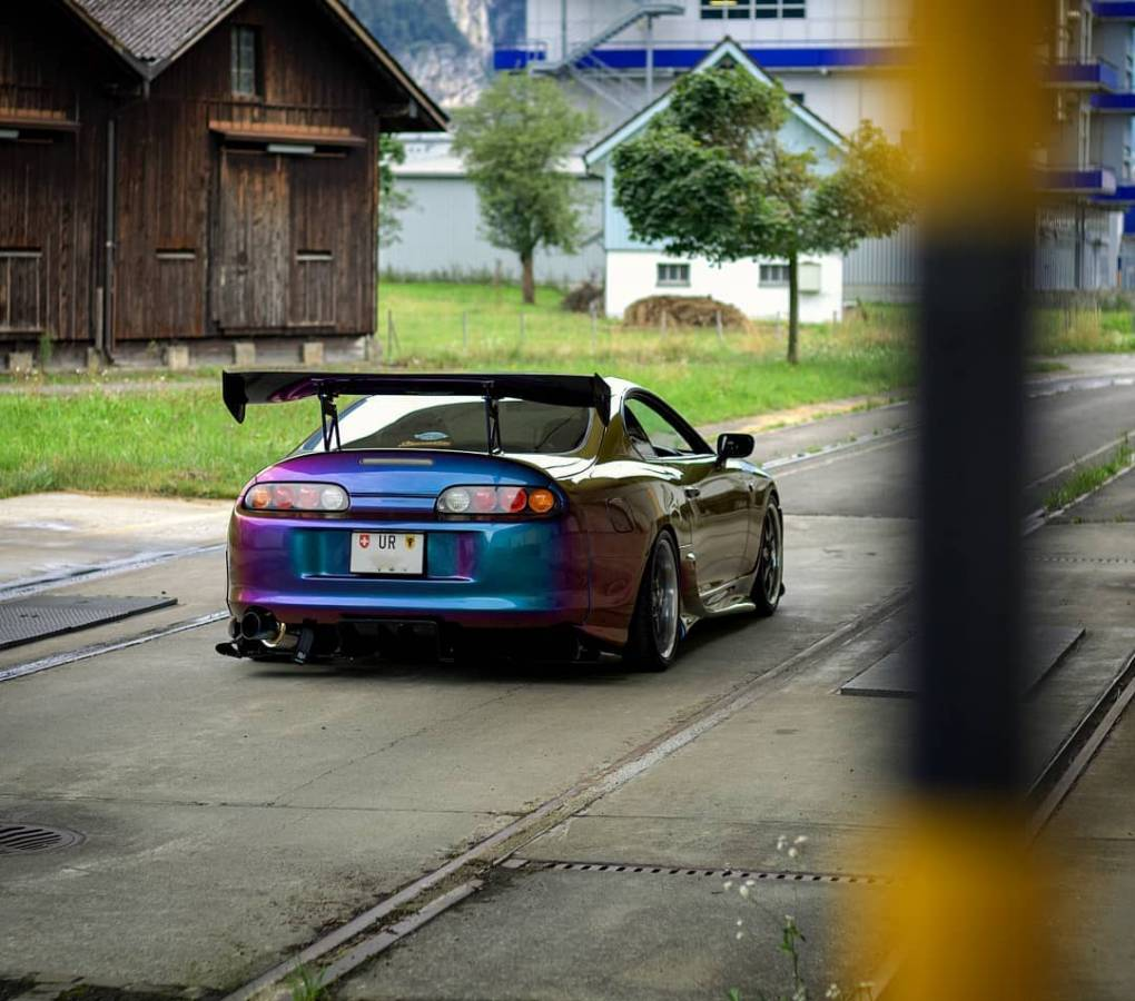 What a backside Photo: @domsupra #sommertech #supragramm #supramkiv #supramk4 #supraowners #midnightpurple #veilside #volk #ridox #aprperformance #top_secret #flexfuel #hks #injectordynamics #naritadogfight #2step #swisscars #tigerstyle #mkiv #toyotasupra #toyota #2jz #loweredlifestyle #e85 #linkg4 #cleanstyle #deatschwerks #rays #carporn #boost