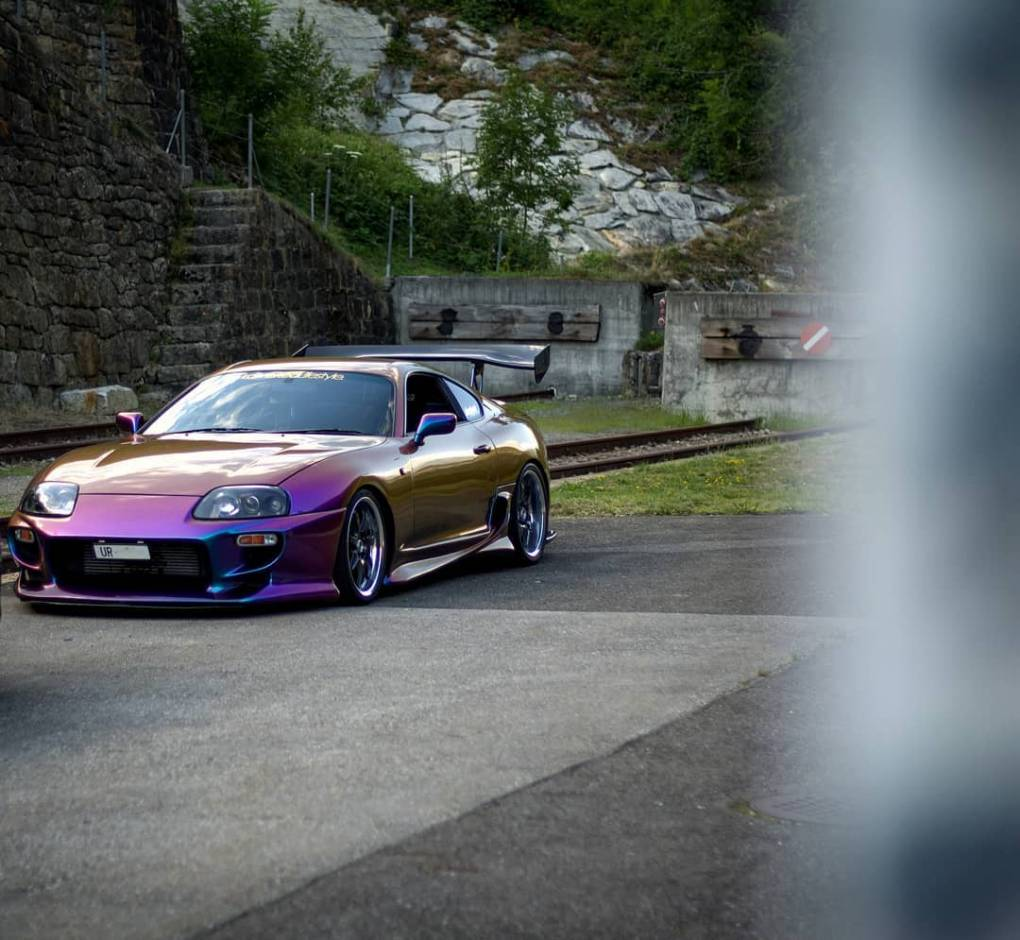 Happy friday Photo: @domsupra #sommertech #supragramm #supramkiv #supramk4 #supraowners #midnightpurple #veilside #volk #ridox #aprperformance #top_secret #flexfuel #hks #injectordynamics #naritadogfight #2step #swisscars #tigerstyle #mkiv #toyotasupra #toyota #2jz #loweredlifestyle #e85 #linkg4 #cleanstyle #deatschwerks #rays #carporn #boost